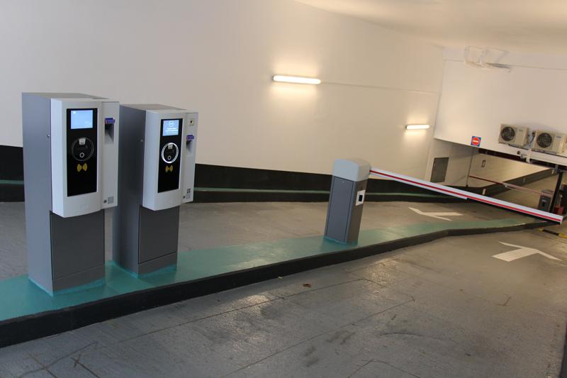 Parking Saemes Hôpital Sainte Anne - Parking - Paris
